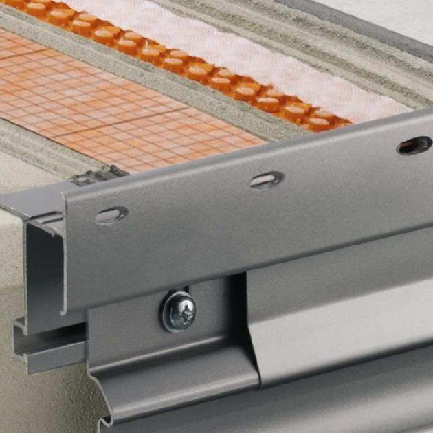 Profils balkonu malām BARA-RTKE /-RTKEG ir noslēguma profils balkoniem un terasēm brīvo malu apdarei un drenāžas ūdens novadīšanai.