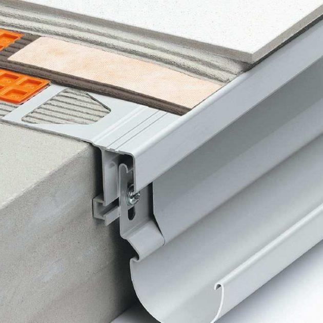 Profils balkonu malām BARA-RTK ir noslēguma profils balkoniem un terasēm brīvo malu apdarei.