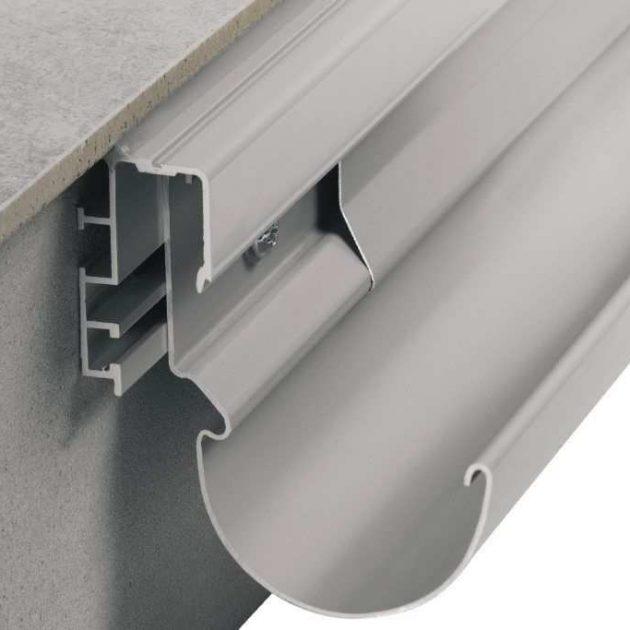 Balkonu malas profils BARA-RTPsavienošanai ar noteku sistēmu BARIN, kuru var uzstādīt vēlāk pie jau esošās balkonu vai terašu konstrukcijas brīvās malas.