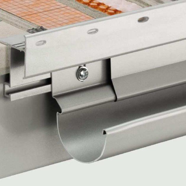 Balkona konstrukcijas nosedzošā plāksne BARA-FAP ir 160 mm augsts krāsota alumīnija plāksne balkonu nesošo elementu priekšējās malas apdarei.