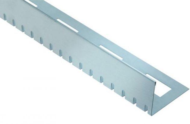 Profils balkoniem un terasēm ProFin KL noslēdzošais malas profils. Tas lieliski der balkonu un terašu brīvo malu noformēšanai.